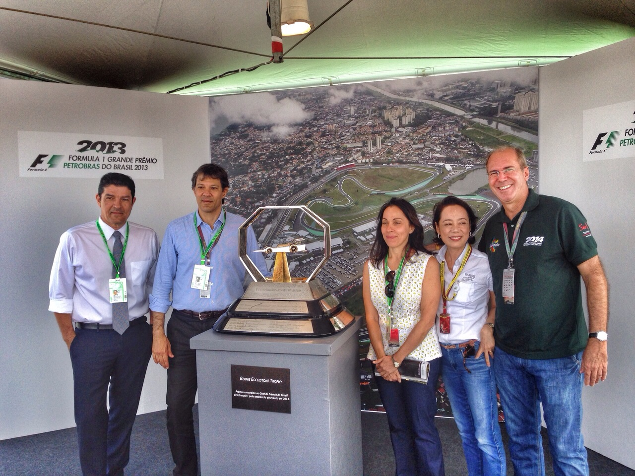 Vinicius Lages, Fernando Haddad, Nádia Campeão, Cláudia Ito e Wilson Poit. Foto: Divulgação/ SPTuris..