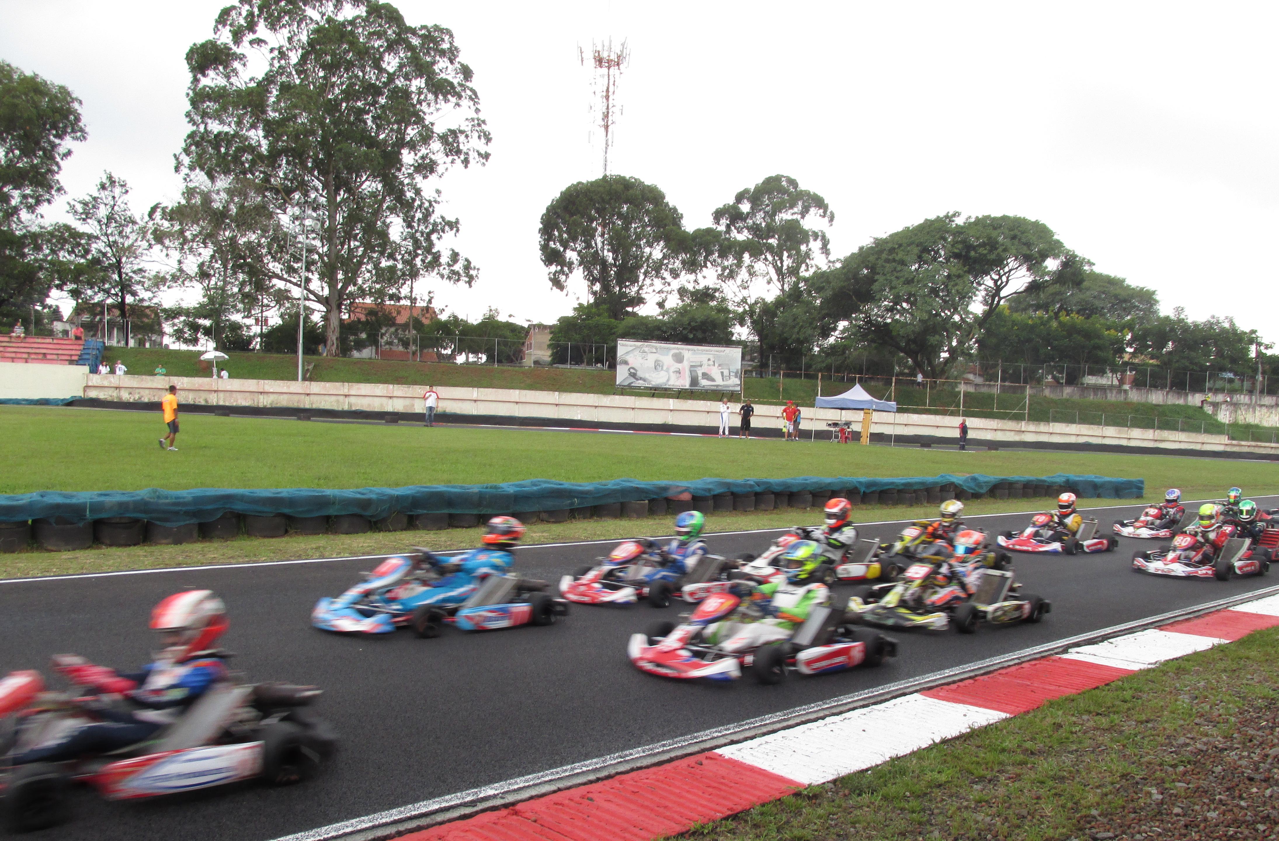 Primeira etapa do Campeonato Paulista de Kart – SKB 2015. Foto: Daniel Maso/ SPTuris.