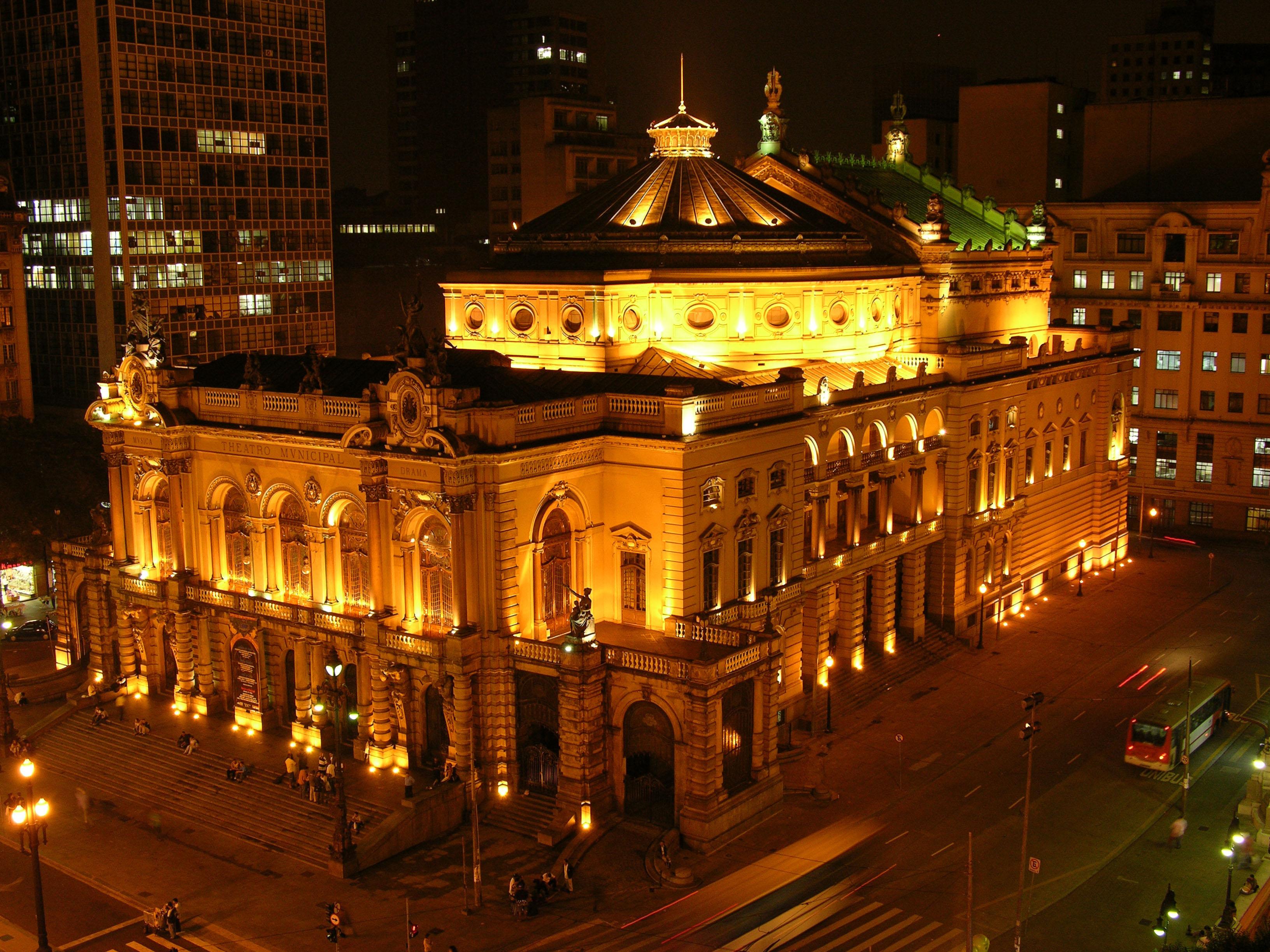 THEATRO MUNICIPAL – SÃO PAULO (SP) – 22.04.05 – GERAL – THEATRO MUNICIPAL DE SÃO PAULO - FOTO: JEFFERSON PANCIERI/SPTURIS.