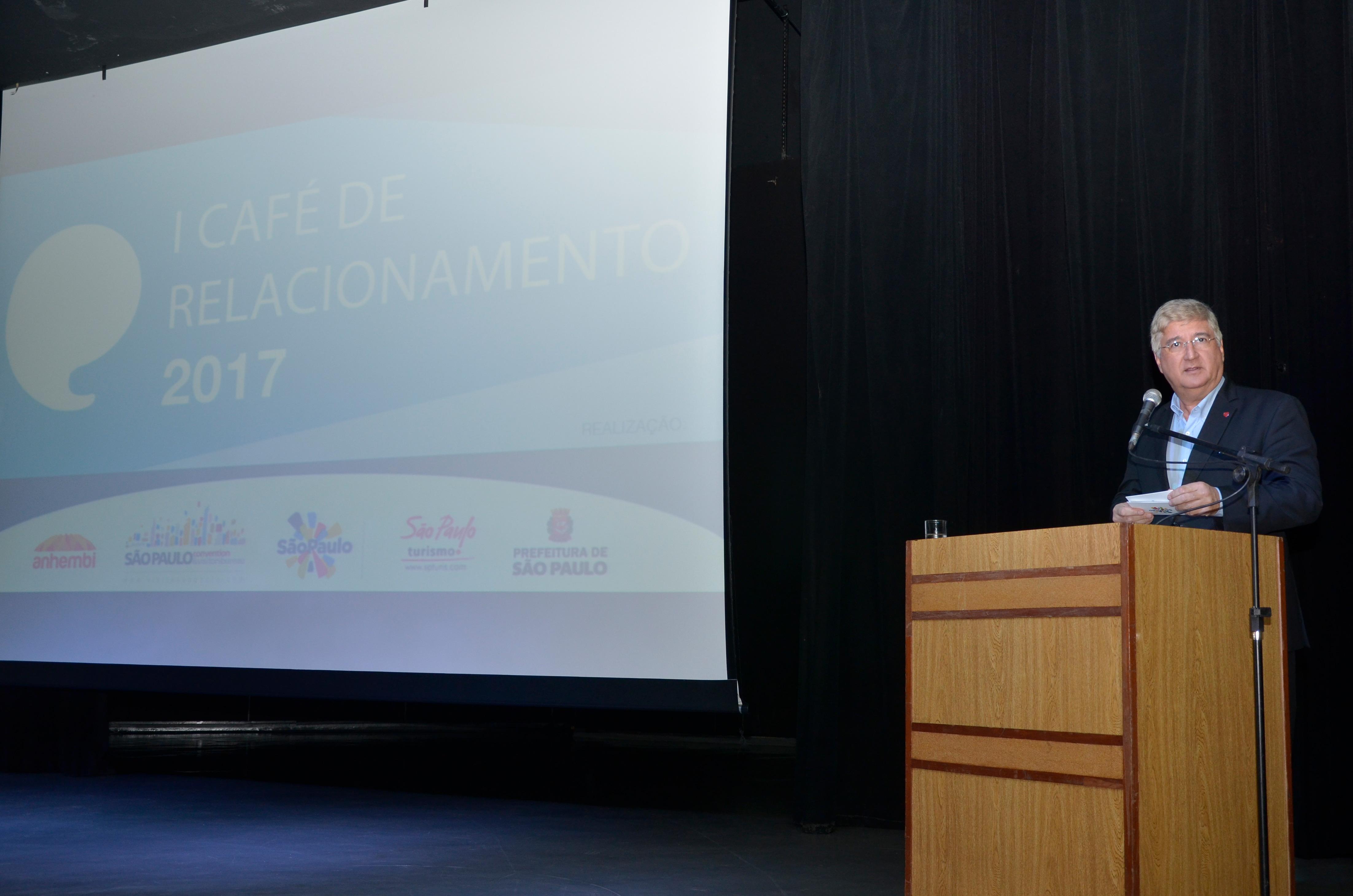 David Barioni, presidente da SPTuris, abre o evento. Foto: Marcelo Iha/ SPTuris.