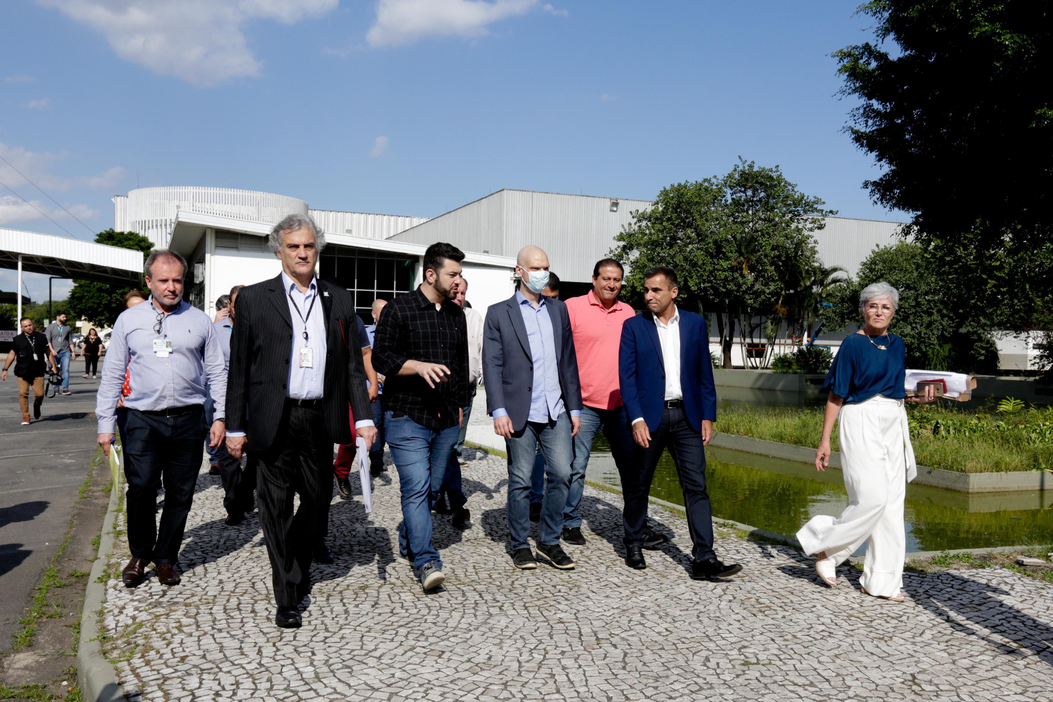 Visita do prefeito Bruno Covas ao Hospital de Campanha do Anhembi. Foto: Jose Cordeiro/ SPTuris.