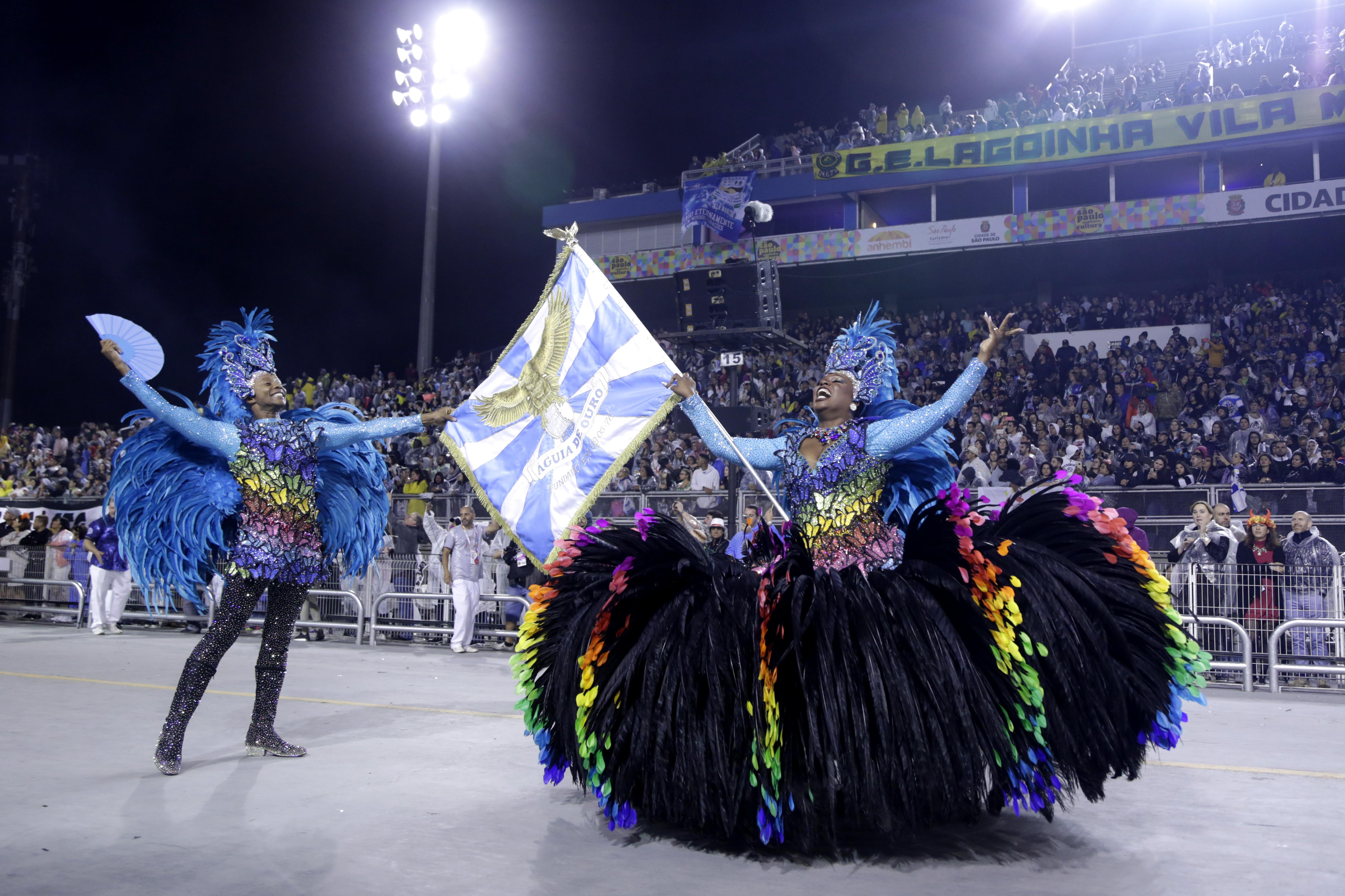 Carnaval2020 - São Paulo (SP) - 22.02.2020 - Carnaval 2020. Desfile das escolas de samba doGrupo Especial no Sambódromo do Anhembi. Na foto, desfile da escola Águia de Ouro. Foto: Jose Cordeiro/SPTuris